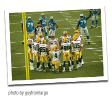 Packers Huddle Up